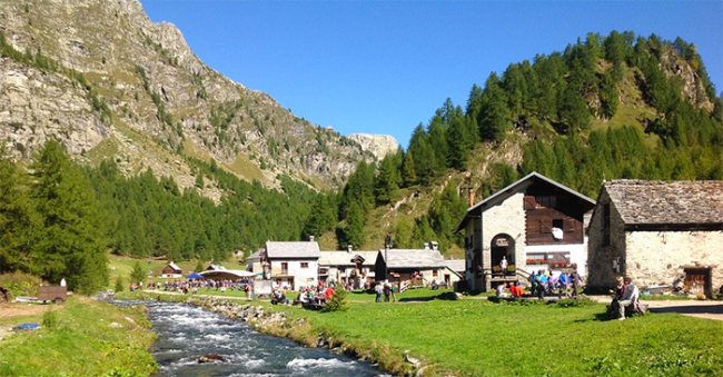 devero crampiolo torrente estate