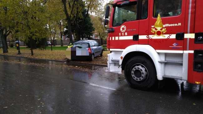 vigili del fuoco incidente vercelli