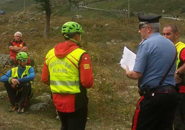 soccorso uomini carabiniere